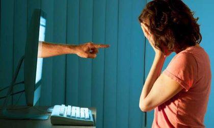 """Questura e Polizia postale impegnate in """"Una vita da social"""", campagna sui temi dei social network e cyberbullismo"""