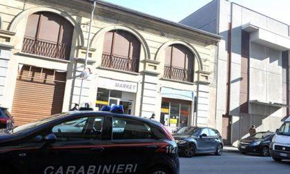 Carabinieri: controlli nei negozi etnici in zona stazione