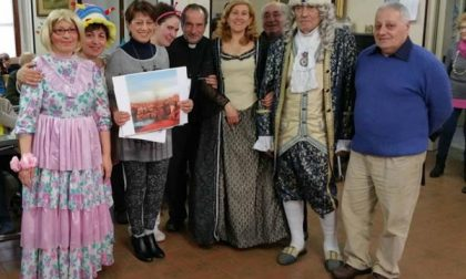 I regnanti di Biscottinopoli in visita alla casa di riposo San Francesco