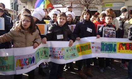 """Marcia della pace dei bimbi: tutti insieme un """"No alla guerra, sì alla pace"""""""