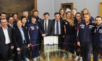 Le giocatrici della Igor Volley Novara premiate in Municipio