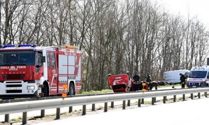 Traffico in tilt per un incidente in tangenziale all'altezza di Cameri