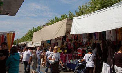 Borse 'leggere' al mercato, ladri in azione ad Arona