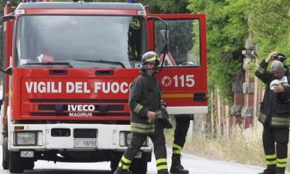 Vigili del Fuoco domenica nella zona del mercatino rionale di S. Agabio per un principio d'incendio