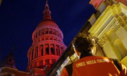 Giornata mondiale della Croce Rossa: la Cupola si è colorata di rosso