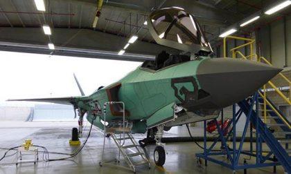 Il primo F35 scalda i motori