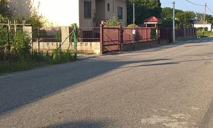 """A Pernate proteste per via Romentino, """"una pista da Formula 1"""""""