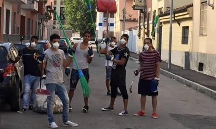 Le strade di S. Agabio messe in ordine dai giovani musulmani