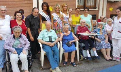 Le ragazze di Miss Italia alla Casa di riposo San Francesco