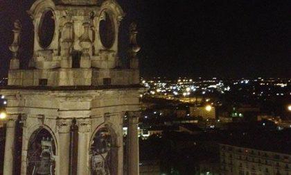 Cupola di notte... a Novara turisti a frotte