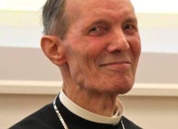 L'addio al cardinale Renato Corti questa mattina, sabato 16 maggio, a Rho VIDEO