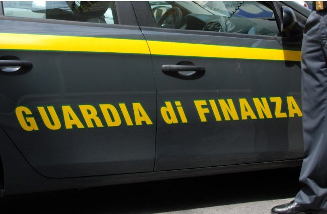 Guardia di Finanza cerca 631 allievi marescialli