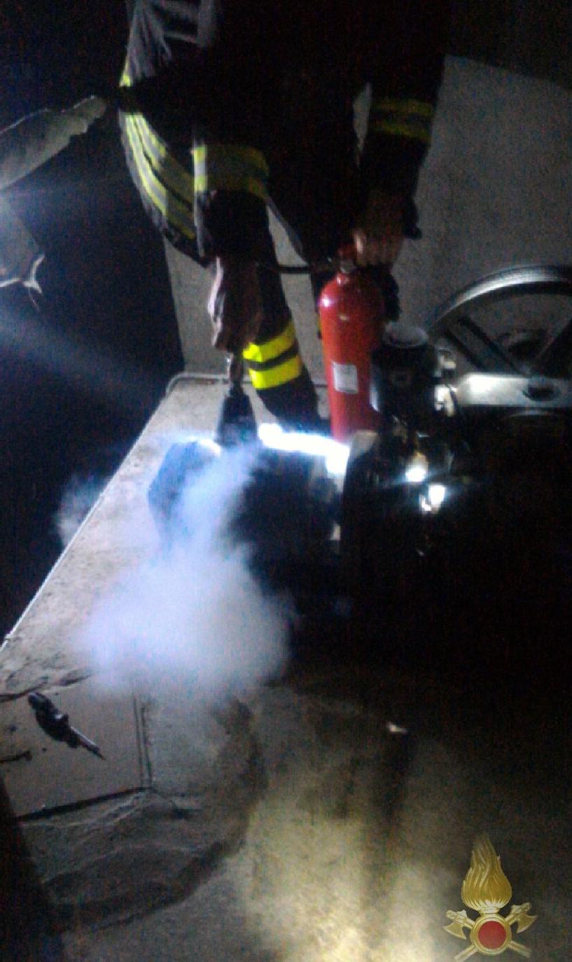 Bolzano incendio in cabina ascensore novara oggi for Piani di cabina della torre di fuoco