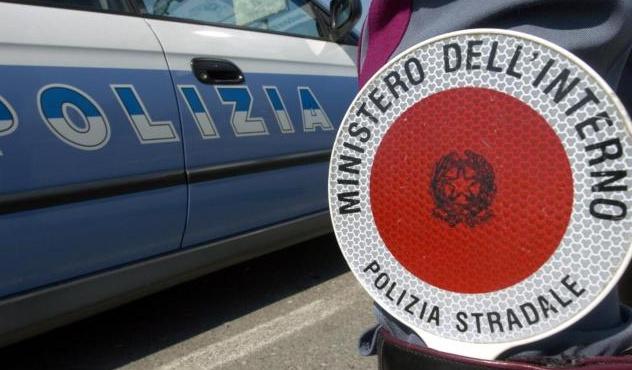 Controlli a tappeto della Polstrada nel novarese: 92 mezzi fermati e 77 violazioni