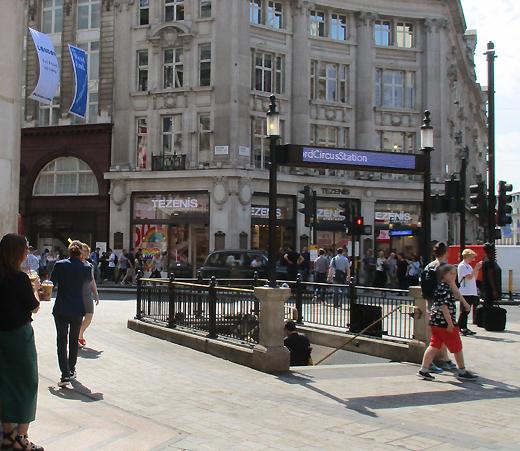 Londra panico per un attentato, ma è un falso allarme