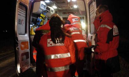 Scontro fra auto a Trecate: tre feriti