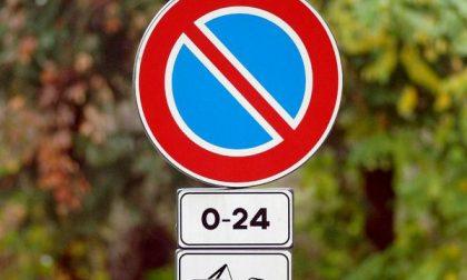 Borgomanero: divieto di sosta in viale Rimembranze da venerdì 30 a domenica 1 novembre