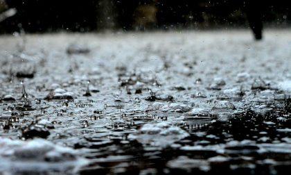 Diluvio e vento oggi: sale di un grado il livello di allerta