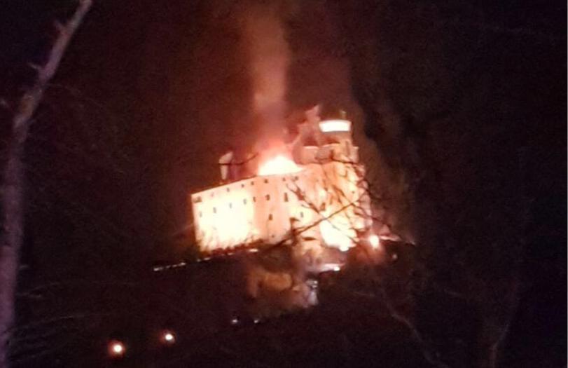 Incendio Sacra San Michele