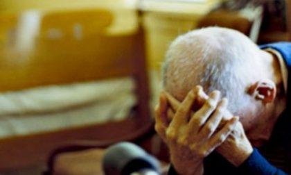 Portò al marito malato la pistola per suicidarsi: 74enne condannata