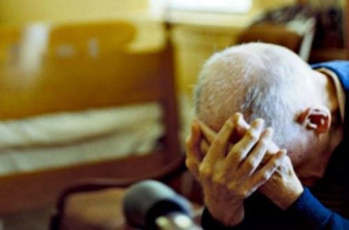 Uccisa dal marito disperato, oggi il funerale a Caltignaga