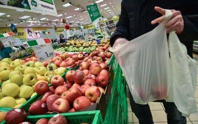 Nel carrello frutta più cara: +8%. Tutti i prezzi della spesa