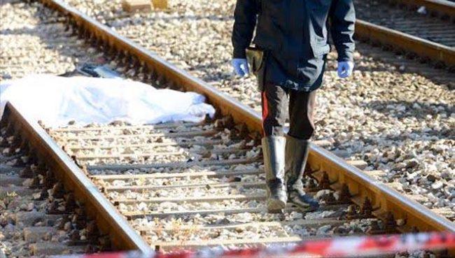 Cadavere sui binari: bloccati i treni per Milano