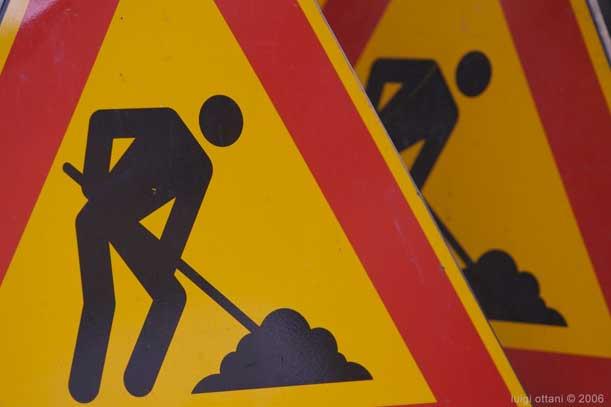Via Boggiani chiusa al traffico per lavori
