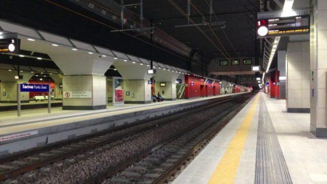 Travolta dal treno in stazione, forse un suicidio