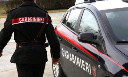 Bimbo no vax resta isolato all'asilo: arrivano anche i carabinieri