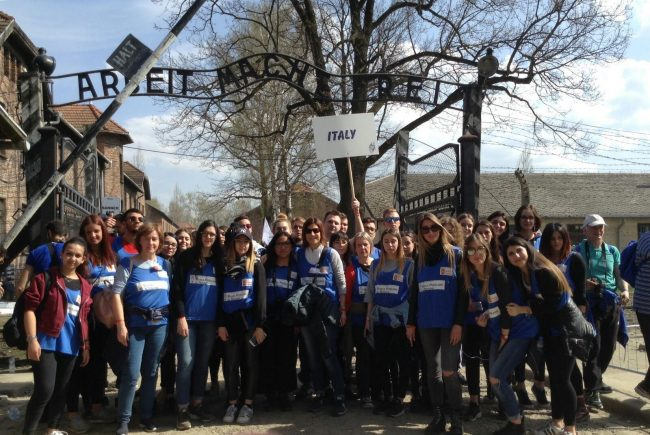 Dall&#8217&#x3B;Ipsia Bellini ad Auschwitz, gli studenti all&#8217&#x3B;International March of the Living