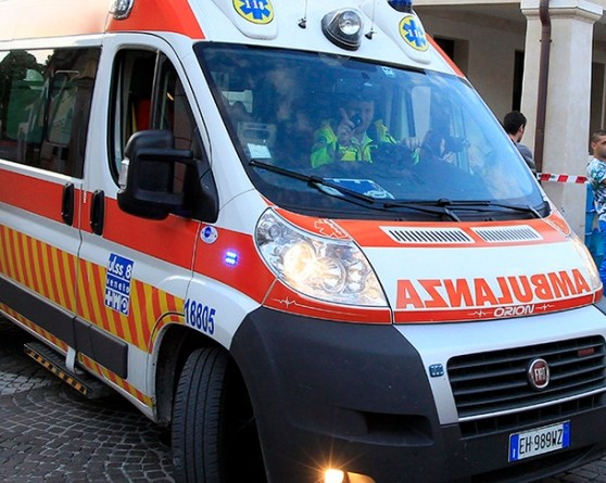 Incidente auto moto a Oleggio nel pomeriggio di Pasqua