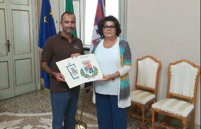 Stemma ufficiale per Divignano: il paese ha il suo simbolo
