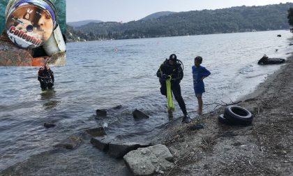 Lago D'Orta: sui fondali pescata collezione di dvd porno