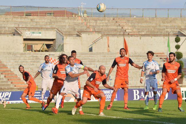Novara calcio: importante vittoria a Pistoia per 2-0