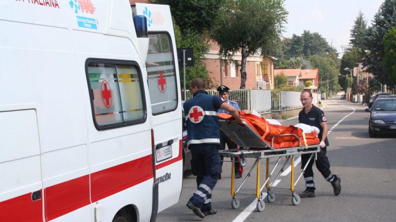 Sprofonda terreno: due operai feriti