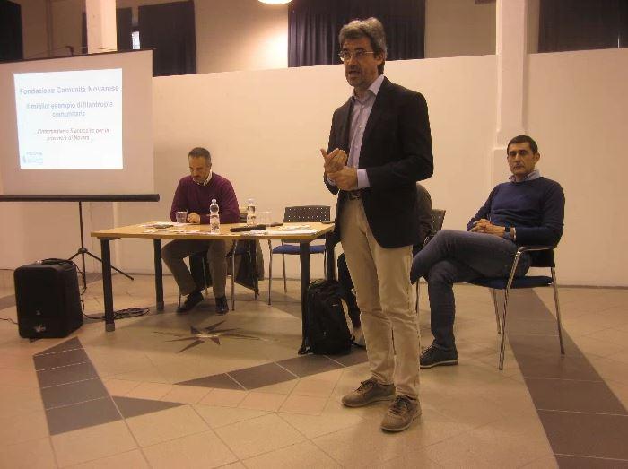 Una lavagna multimediale per ogni classe: l'appello a donare alla Dario Sibilia
