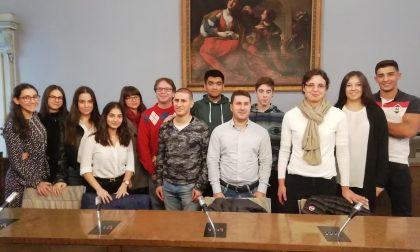 LetsApp, gli studenti dell'Omar e dell'Antonelli ai primi posti del concorso nazionale indetto da Samsung