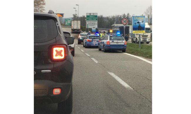 Camionista stroncato da malore all&#8217&#x3B;imbocco dell&#8217&#x3B;autostrada a Castelletto