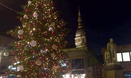 Vandali natalizi in azione per le vie del centro storico