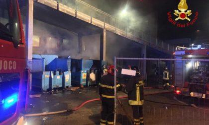 Incendio al centro commerciale San Martino
