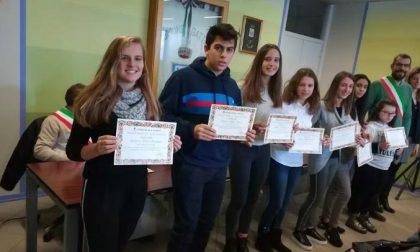 Studenti premiati: a Gattico il Montale incorona le sue eccellenze