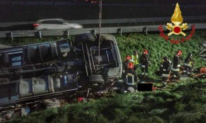 Incidente sulla A4: muore camionista di 55 anni FOTO