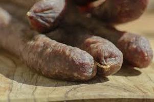 Il Ministero richiama un lotto di salsiccia secca per rischio salmonella
