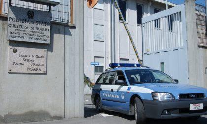 """All'esame per la patente con """"l'aiutino"""" tecnologico: denunciati dalla Polizia Stradale di Novara"""