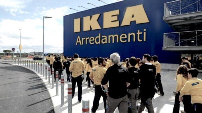 Furti e truffe, licenziati 10 dipendenti Ikea Corsico