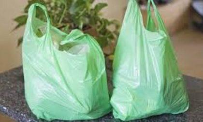Sacchetti di plastica al supermercato: multati