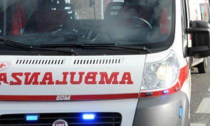 Si sente male all'Esselunga di Castelletto: soccorsa dalla Croce rossa