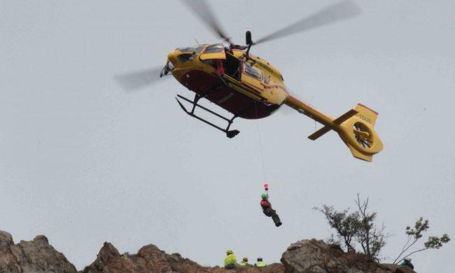 Cade da un pendio in montagna: lo salva il Soccorso Alpino