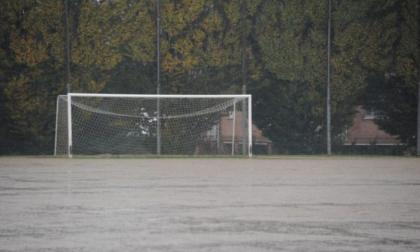 Calcio giovanile e dilettanti: il maltempo provoca lo stop totale